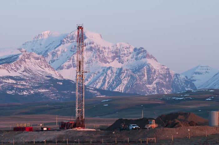 drilling for gas, oil, rocky mountain front,